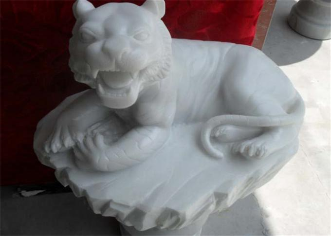 White Jade Marble Lion Sculpture , Stone Animal Sculptures Customized Color